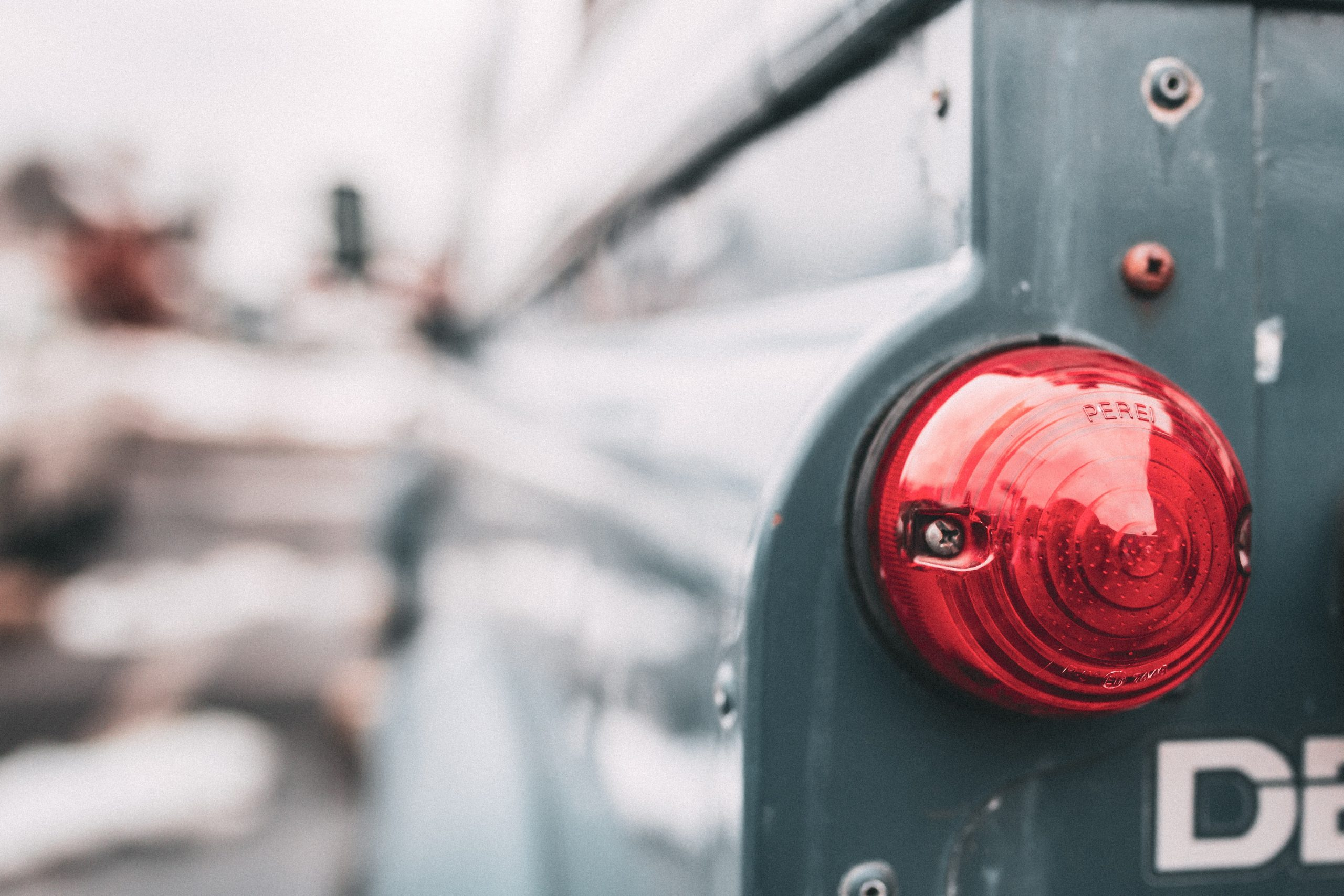 selective-focus-of-taillight-1693742